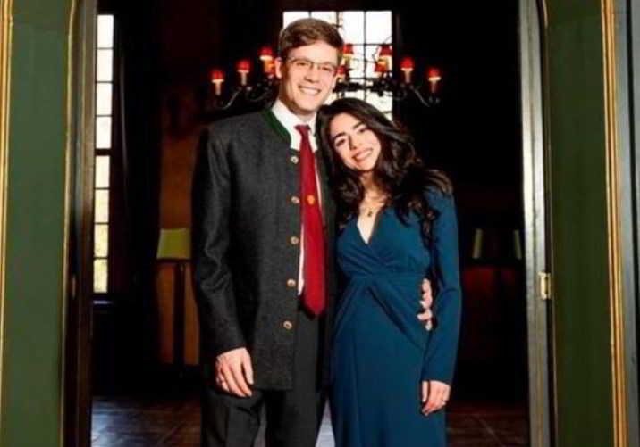 Alexander sposa Hande Macit